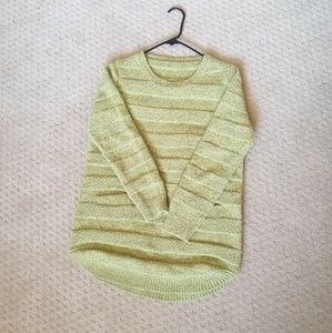 Mint condition yellow green knit pull over sweater